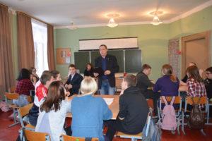 Облизбирком проводит мероприятия, посвященные 25-летию Конституции и избирательной системы России