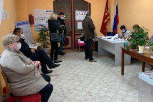 В регионе завершился первый день голосования на дополнительных выборах в региональный парламент