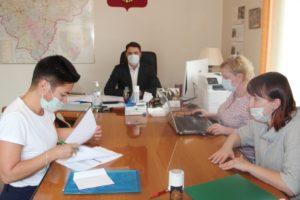 Облизбирком принял документы для регистрации от кандидата в депутаты Госдумы Бичашвили Александры Александровны